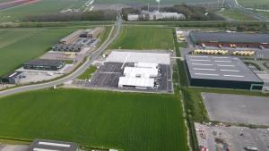 Drone beelden Vaccinatielocatie Middenmeer